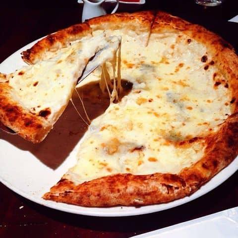 Các hình ảnh được chụp tại Pizza 4P's - Pizza Kiểu Nhật
