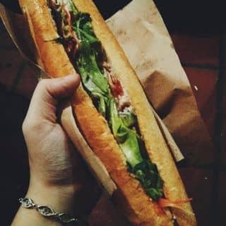 Phóng viên BBC khen ngợi bánh mì Việt Nam ngon nhất Thế giới