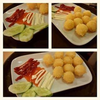 """Kéo nhau đi ăn bánh mỳ gà sốt kem """"LẠ HOẮC"""" trên phố Lê Hồng Phong"""