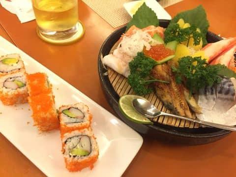Cơm cuộn California, sashimi - 1093859 moonngoc93 - Tokyo Deli - Võ Văn Tần - 425 Võ Văn Tần, Quận 3, Hồ Chí Minh