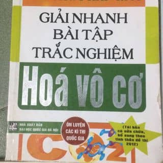 Dọn tủ còn mấy quyển sách, sách tốt 90% nhé. Giá chỉ 50% thôi. Bạn nào cần ib nha của ninganngun tại Hồ Chí Minh - 3531308