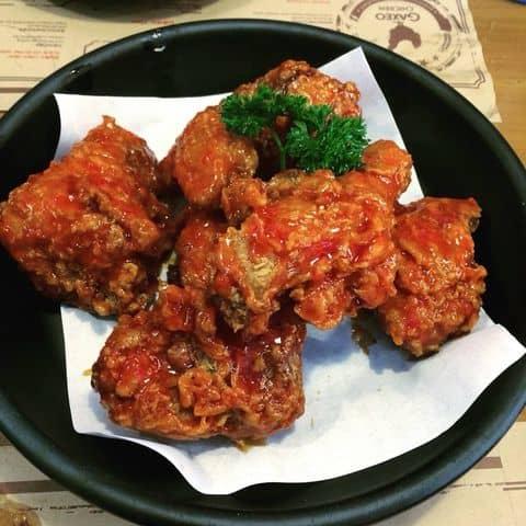 Các hình ảnh được chụp tại GAXEO Chicken - Beer & BBQ - Hồ Tùng Mậu