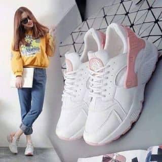 Giày hua trắng của cucnguyen123 tại Lâm Đồng - 3431349