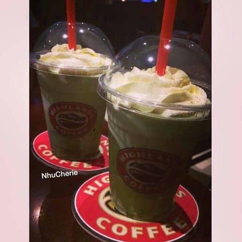 Các hình ảnh được chụp tại Highlands Coffee - Hàm Nghi