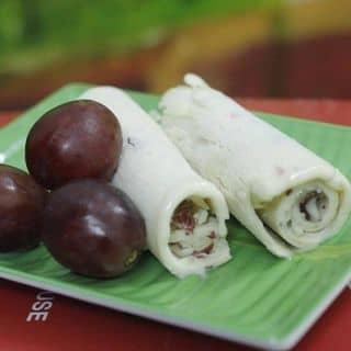 """Phát hiện quán kem cuộn Thái Lan """"LẦN ĐẦU TIÊN"""" xuất hiện tại Hà Nội"""