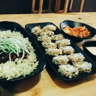 Kimbap + mì đen của kieutrinh161 tại 37 Hàng Than, Thành Phố Thanh Hóa, Thanh Hóa - 3147579
