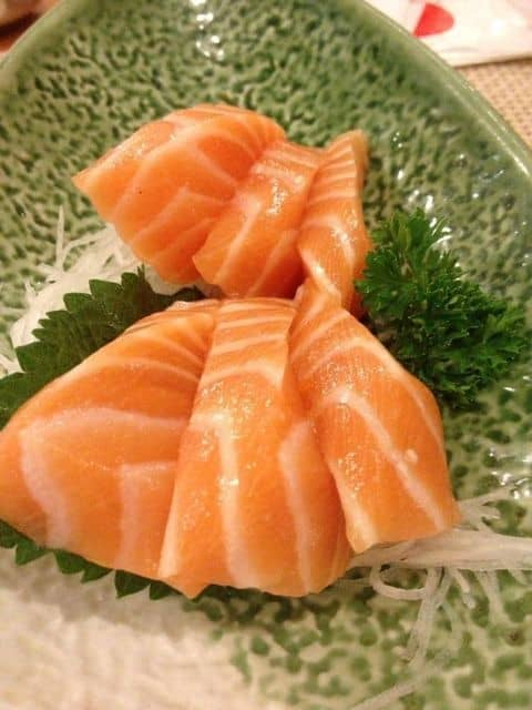 Sashimi cá hồi - 124961 littlepear - Tokyo Deli - Võ Văn Tần - 425 Võ Văn Tần, Quận 3, Hồ Chí Minh