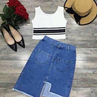 Set áo thun croptop viền sọc chân váy của kimngoc325 tại Hồ Chí Minh - 3830833