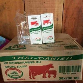 sữa bò thái của supertrang tại Chợ Đông Hà, Quảng Trị - 1124779