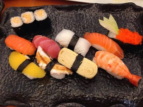 Sushi - 691923 asari98 - Tokyo Deli - Điện Biên Phủ - 250A Điện Biên Phủ, Quận 3, Hồ Chí Minh