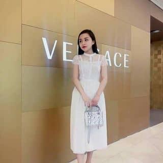 Váy auth của huongbela tại 43 Hồ Xuân Hương, Thị Xã Sầm Sơn, Thanh Hóa - 3000357